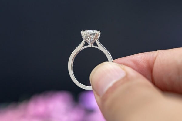 Seeing Diamond Ring