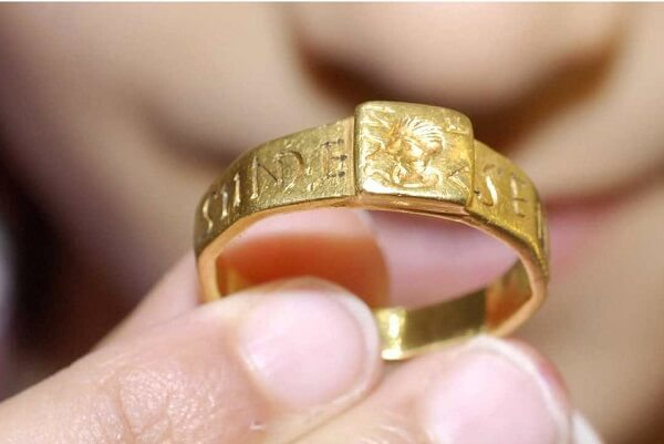 Gold Ring Dream Meaning