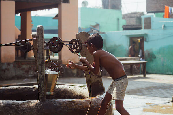 Fetching Water from Well Dream Meaning: What does it mean to fetch water from well?