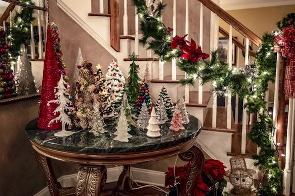 Christmas Decorations Dream Meaning: What do decorating dreams mean?