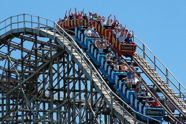 Roller Coaster Dream Meaning: Let's Interpret Now!